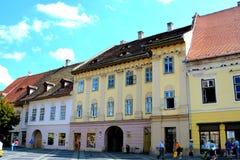Paisaje urbano típico en Sibiu, capital europea de la cultura por el año 2007 Imagen de archivo