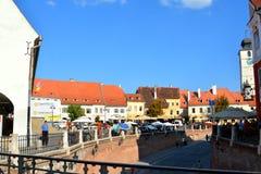Paisaje urbano típico en Sibiu, capital europea de la cultura por el año 2007 Fotos de archivo