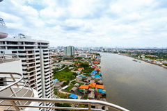 Paisaje urbano Tailandia del río Chao Phraya Bangkok Fotografía de archivo libre de regalías