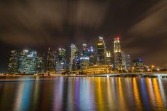 Paisaje urbano y el cielo sedoso Imagen de archivo