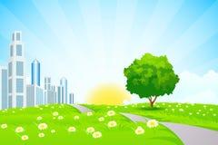 Paisaje verde con la ciudad Fotografía de archivo libre de regalías