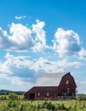 Paisaje vertical del país del edredón del granero imagen de archivo