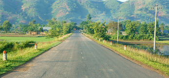 Paisaje vietnamita, manera, montaña, verde del eco Fotografía de archivo libre de regalías