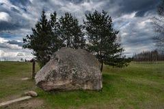 Paisaje y naturaleza de Lituania con el cielo nublado Objeto de visita turístico de excursión en Vistytis fotos de archivo libres de regalías