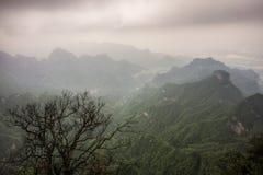 Paisaje y punto de vista de la montaña de Tianmen imágenes de archivo libres de regalías