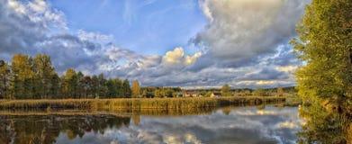 Paisajes hermosos de la naturaleza de Bielorrusia Fotos de archivo libres de regalías