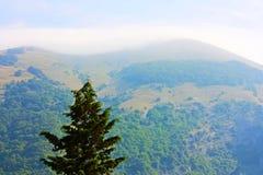 Paisajes hermosos del Apennines Fotos de archivo