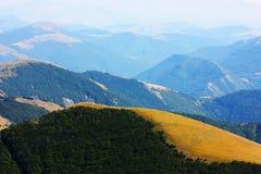 Paisajes hermosos del Apennines Fotos de archivo libres de regalías