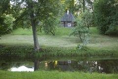 Paisajes naturales en un lugar histórico Pushkinskiye sangriento de Pskov, Rusia Fotografía de archivo