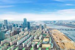 Paisajes urbanos de Seul, horizonte, edificios de oficinas de la alta subida y skyscr Fotografía de archivo libre de regalías