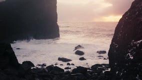 Paisajes y aventuras asombrosos de Islandia almacen de metraje de vídeo