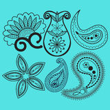 Paisley och virvelgarneringbeståndsdel stock illustrationer