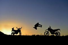 paixão e aventura da motocicleta fotos de stock