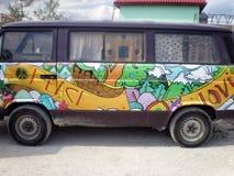 Paix et amour Volkswagen hippie Van Photographie stock