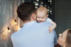 Paizinho feliz com filha Foto de Stock