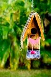 Pajarera de madera rústica simple Imagen de archivo libre de regalías
