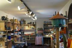 Pajarera en tienda de la cerámica Imagen de archivo