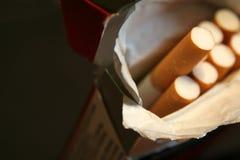 Pak Sigaretten royalty-vrije stock afbeeldingen