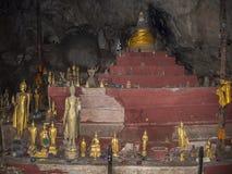 Pak U grotta, Laos fotografering för bildbyråer
