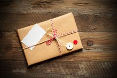 Paket eingewickelter verpackter Kasten Stockbilder