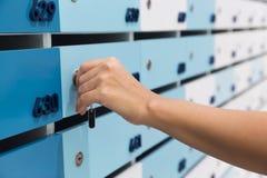 Paketlieferungspostsendungen Stockfoto