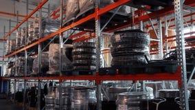 Pakhuis industriële goederen Het systeem van de logistiekdistributie Fabriekspakhuis stock footage