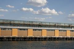 Pakhuis van haven Royalty-vrije Stock Afbeeldingen