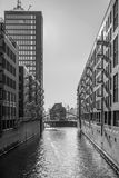 Pakhuisdistrict in Hamburg - zwarte & wit Royalty-vrije Stock Afbeelding
