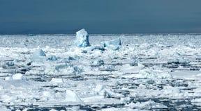 Pakijs Spitsbergen, Pack ice Spitsbergen stock photos