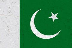 Pakistan flagga på betongväggen royaltyfri bild