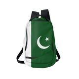 Pakistan flaggaryggsäck som isoleras på vit Arkivbilder