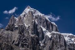 Pakistan Karakoram K2 som trekking royaltyfri bild