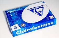 Pakket van A4 document vakje dat door Clairefontaine wordt gemaakt Stock Foto