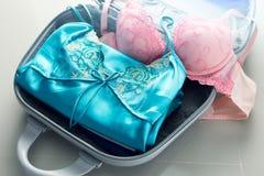 Pakować odziewa w podróży torbę Obraz Royalty Free