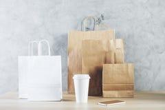Pakować, rynku i prezenta pojęcie, Obraz Royalty Free