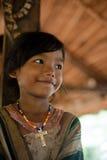 PAKSE LAOS, Augusti 14: En oidentifierade Laos lite i det hous Royaltyfri Foto
