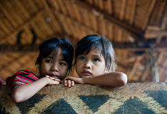PAKSE LAOS, Augusti 14: En oidentifierade Laos lite i det hous Royaltyfria Foton