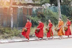 PAKSE, Laos, 17,2018 Maart: Elke dag zeer vroeg in de ochtend, Stock Foto