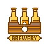 Pakunek trzy piwnych butelek browaru symbolu płaski projekt Zdjęcie Royalty Free