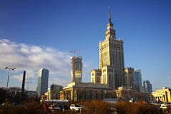 Palácio da cultura e da ciência em Varsóvia fotos de stock