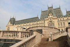 Palácio da cultura em Iasi, Romênia fotos de stock