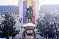 Palácio da cultura em Iasi Romênia no inverno fotos de stock royalty free