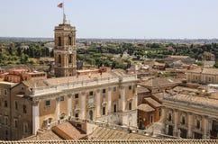 Palácio da opinião dos senadores de Vittoriano no monte de Capitoline fotografia de stock royalty free