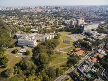 Palácio de Bandeirantes, o governo do estado de Sao Paulo, na vizinhança de Morumbi, Brasil imagem de stock