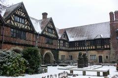 Palácio de Cecilienhof na neve do inverno Fotografia de Stock Royalty Free