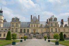 Palácio de Fontainebleau em França imagens de stock