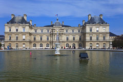 Palácio de Luxembourg em Paris. France. imagens de stock