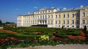 Palácio de Rundales em Letónia Fotos de Stock Royalty Free