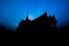 Palácio de Sanphet Prasat da silhueta imagens de stock royalty free