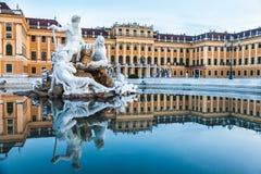 Palácio de Schonbrunn, residência imperial do verão em Viena foto de stock
